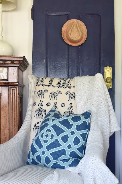 Beach Nautical home tour 6