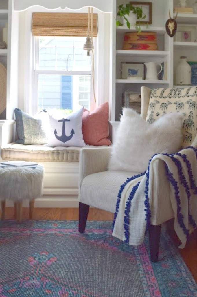 Tips to making throw pillows look good