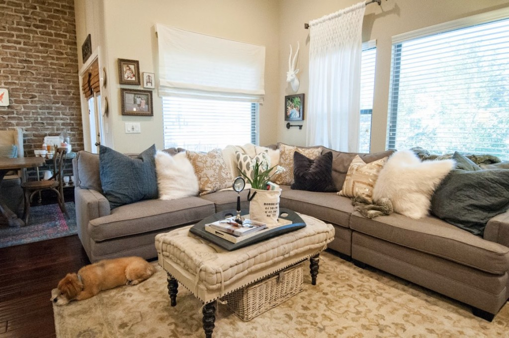 how to buy and sell furniture on close5