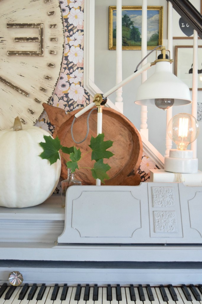 Fall Home Decor Ideas and Eclectic Vintage Fall Home Tour