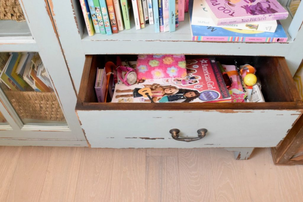 How To Keep A Kids Room Clean And Organized In A Small
