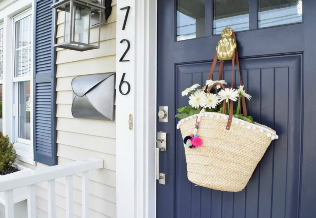 Front Porch Ideas for Summer- Front Door Wreath Idea