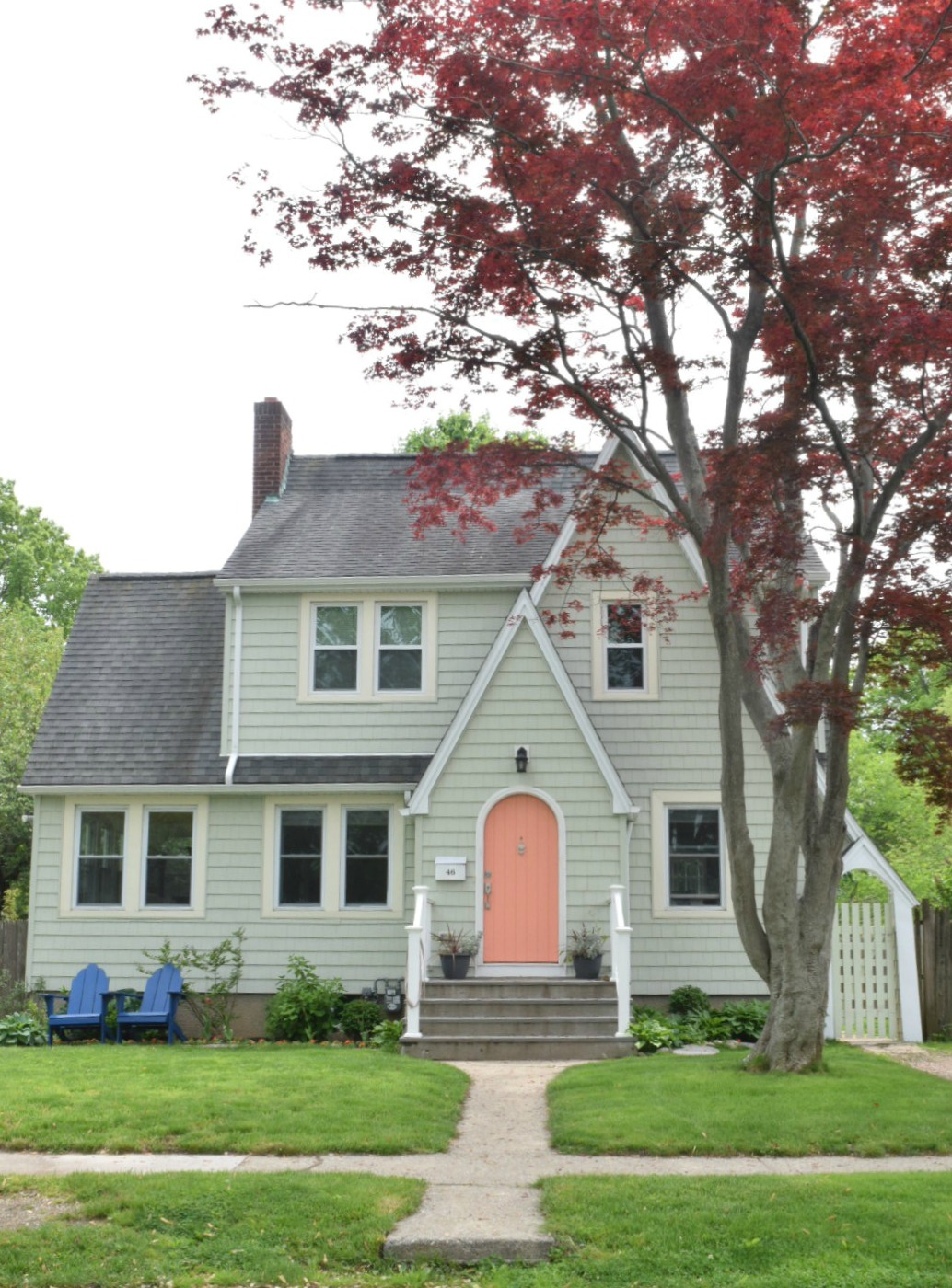 New England Homes- Exterior Paint Color Ideas - Nesting ... on Painting Ideas For House  id=15522