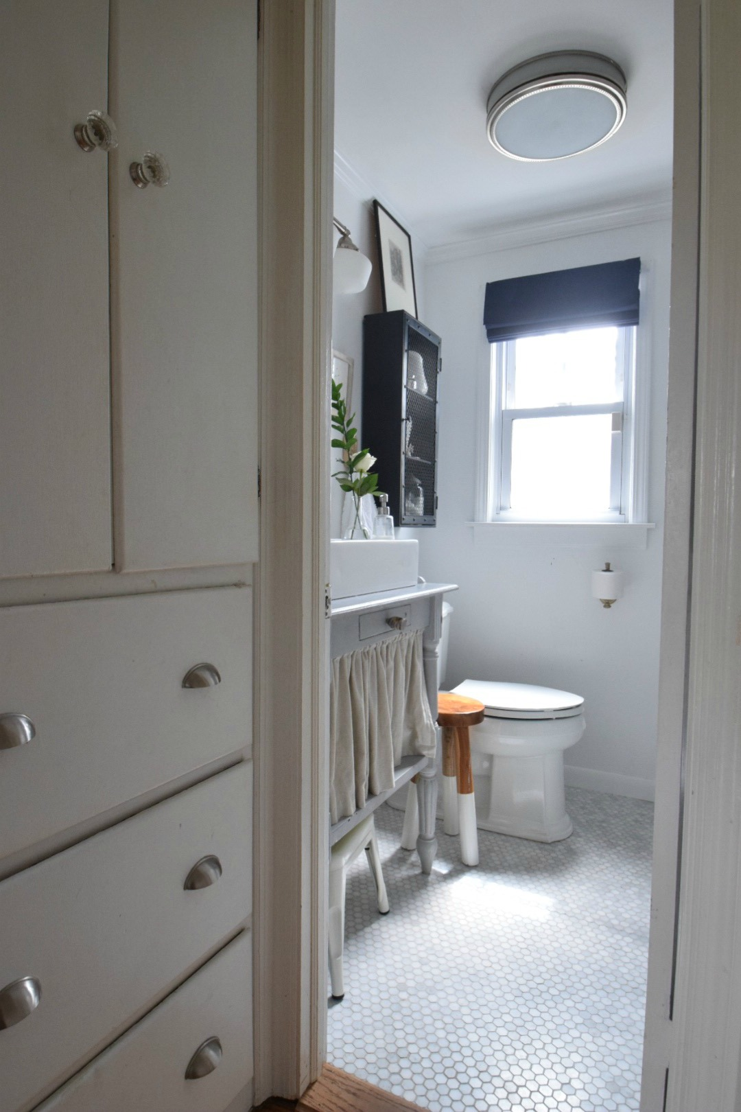 small bathroom ideas and solutions in our tiny cape nesting with i have some small bathroom ideas for you