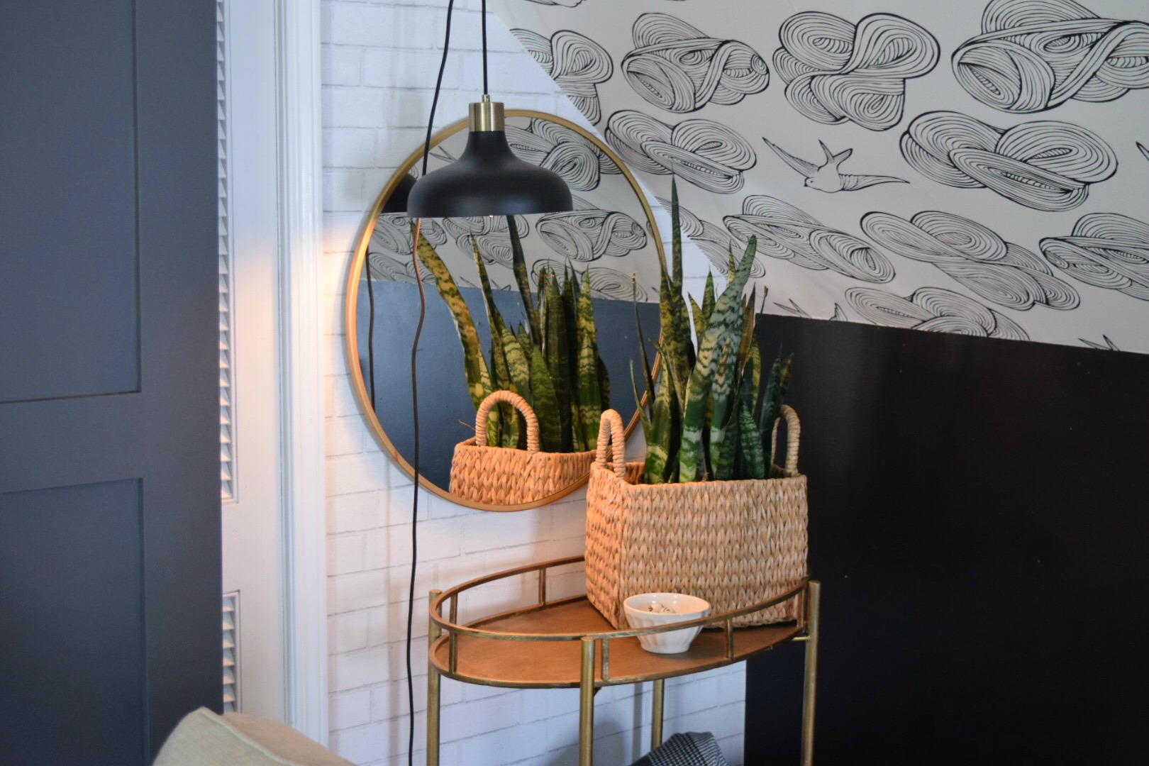 The Target Mirror That Looks Good Everywhere Nesting