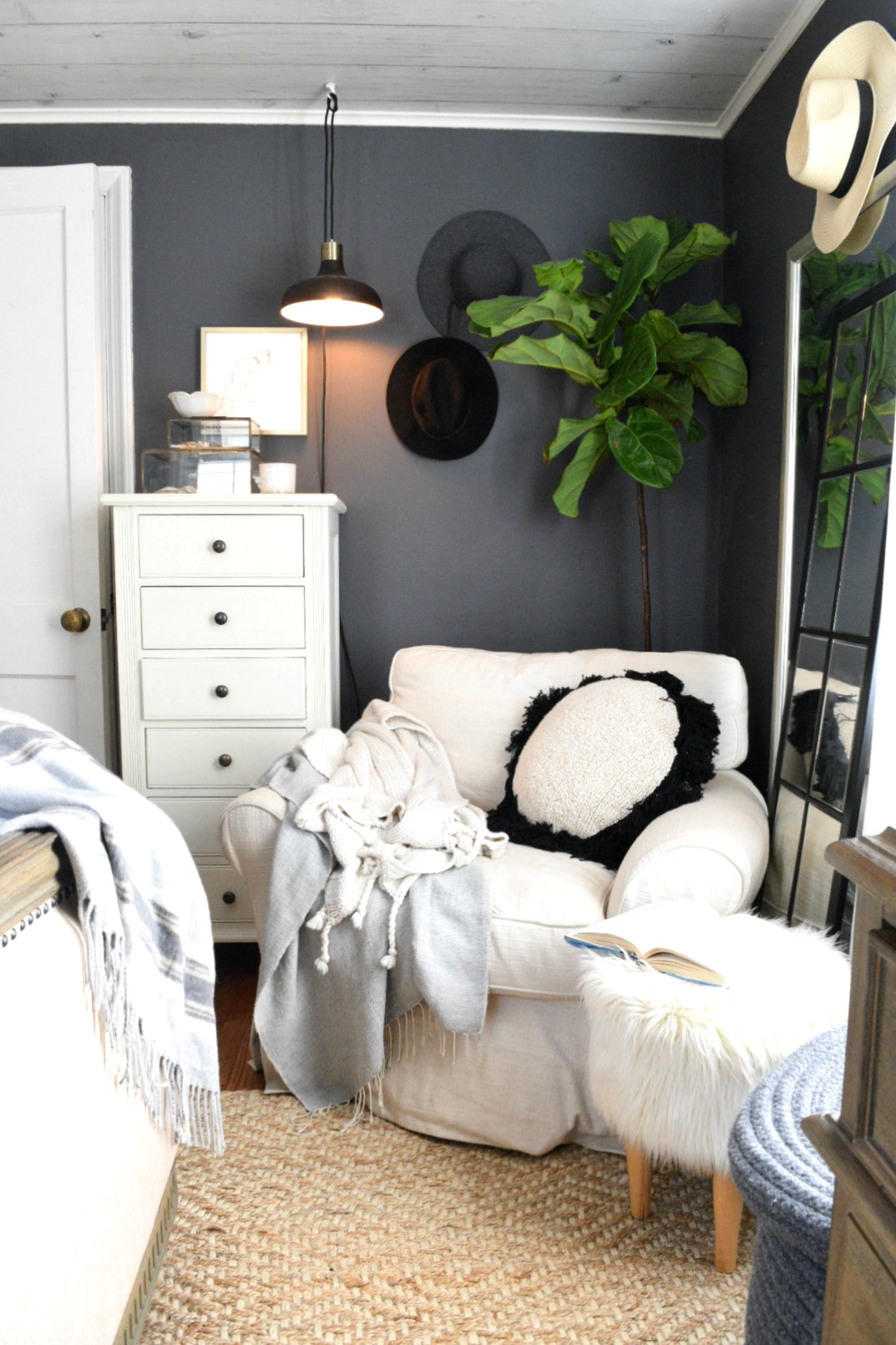 Small Space Living- Favorite Things