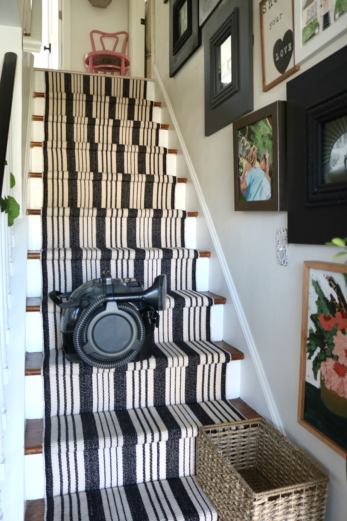 The best spot cleaner for stairs, rugs and cushions!