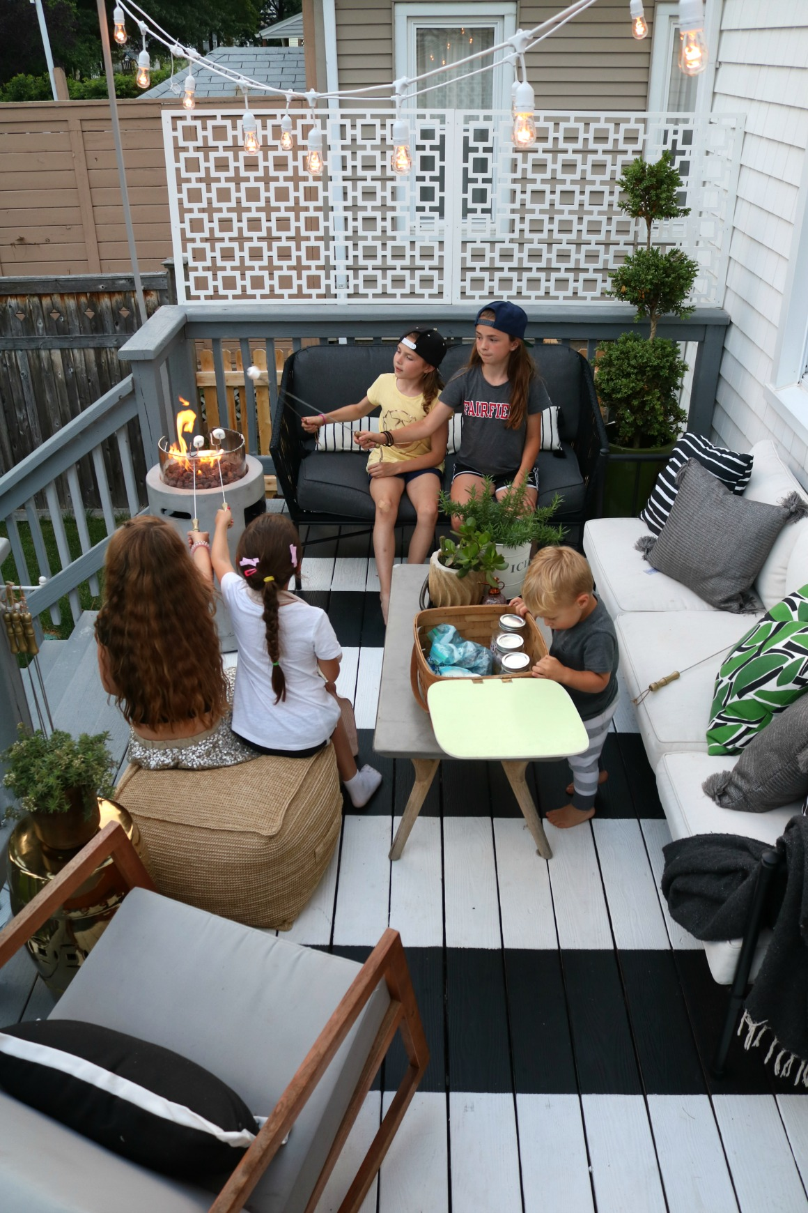 Friday Favorites- Summer in the Backyard