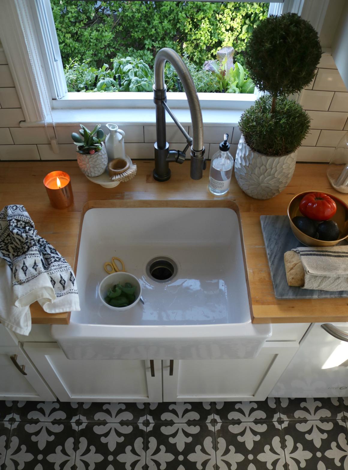 Kitchen Herb Window Box- EASY!