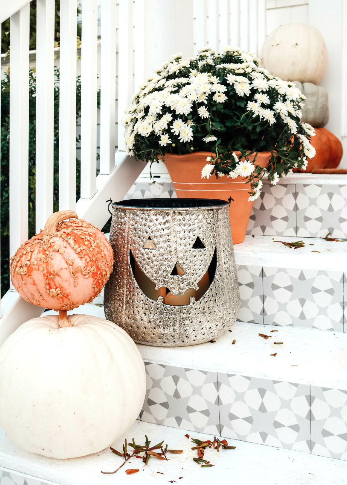 Fall Front Porch Ideas with Tile Front StepsFall Front Porch Ideas with Tile Front Steps