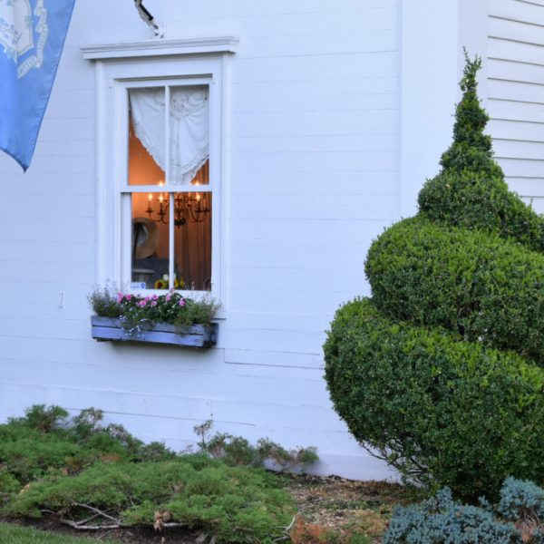 Come see inside this New England Charming Guest House